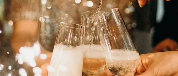 The Bon-Vivants Wine Club Holiday Party!